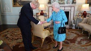 Johnson se setkal s Alžbětou II. krátce po Therese Mayové