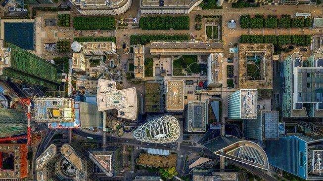 Paříž z ptačí perspektivy