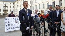 Ústavní žaloba na prezidenta: Když se topí premiér a Senát mu hodí záchranné lano