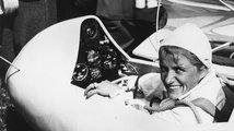 Pilotka, která bořila rekordy - a měla velký škraloup