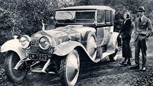 Novomanželé dostali jako svatební dar Rolls-Royce