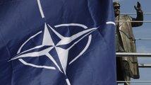 Jak ukončit válku o sochu maršála Koněva?