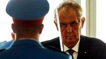 Zeman chce, aby Česko přestalo uznávat Kosovo jako samostatný stát