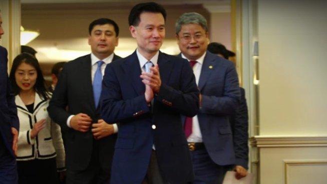 Viditelný pád kdysi jedné z nejdravějších čínských firem začal na počátku roku 2018 po zmizení jejího šéfa Jie Ťien-minga
