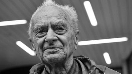 Demonstroval s Opletalem, skončil v Sachsenhausenu. Vzpomínky posledního ze studentů uvězněných nacisty