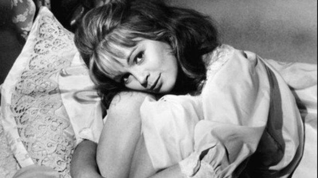 Italská herečka Letícia Románová v první filmové adaptaci kdysi kontroverzního románu