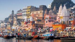 VÁRÁNASÍ, kulturní centrum Indie