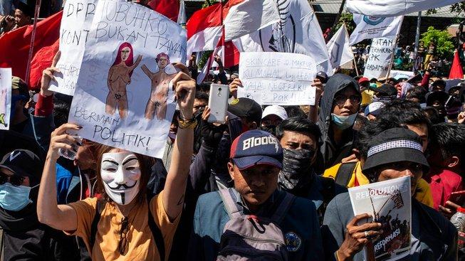 profimedia-0473429721indonesia sex