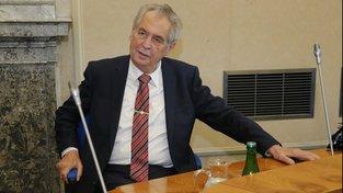 Miloš Zeman se už dříve proti návrhu žaloby vymezil