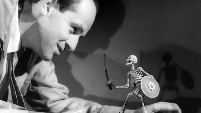 Ray Harryhausen s loutkou kostlivce