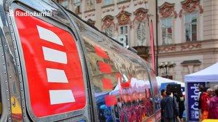 Server Parlamentní listy za poslední měsíc zveřejnil několik textů o údajném plýtvání v Českém rozhlase.