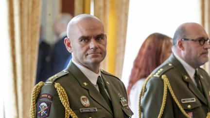 Chytrý znamená zranitelný, budoucnost válek je i tak v kyberprostoru, říká šéf českých kybernetických sil