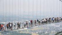 Čínské skleněné mosty
