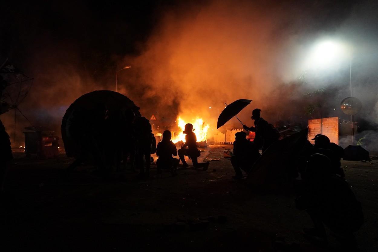 Demonstrace paralyzují Hongkong
