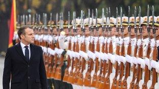 Emmanuel Macron na návštěvě Pekingu