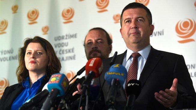 Jana Maláčová, Ondřej Veselý a Jan Hamáček
