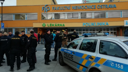 Aktualizováno: Střelec v Ostravě zavraždil šest lidí, na útěku se zastřelil