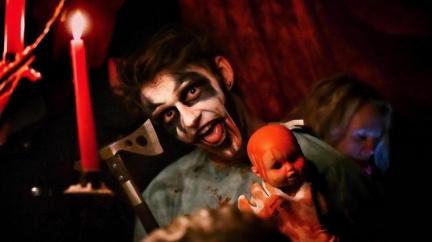 Nic pro slabé povahy: V Česku teď frčí hororový cirkus