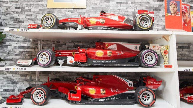 Milan Paulus má unikátní sbírku modelů vozů Ferrari
