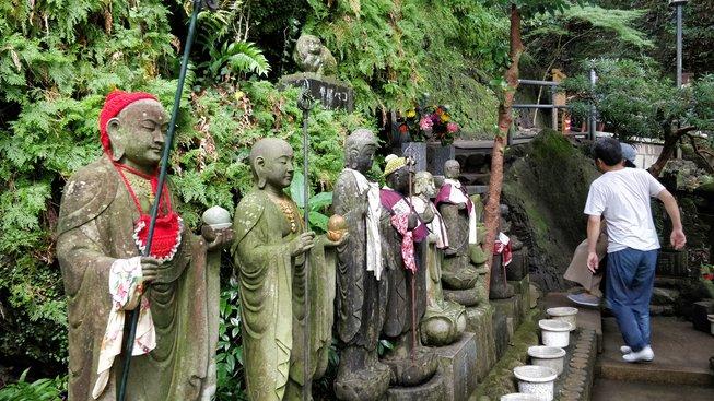 Bódhisattva Džizó patří mezi nejrozšířenější božstva japonského buddhismu