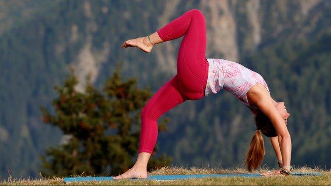 Pokud si nejste stoprocentně jisti stavem svých zad, raději se před tím, než se vrhnete na jógu, nechte vyšetřit