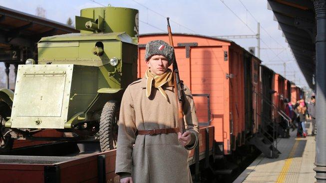 Legiovlak, projekt Československé obce legionářské, který ukazuje věrnou repliku legionářského vlaku z období let 1918–1920, kdy na Transsibiřské magistrále v Rusku probíhaly válečné operace čs. legií