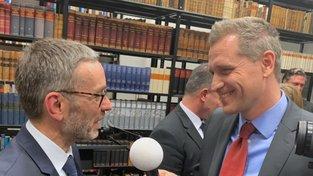 Petr Bystroň (vpravo) s rakouským exministrem vnitra Herbertem Kicklem