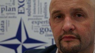 """""""Používejte rozum,"""" radí stručně Jānis Sārts, ředitel Strategického komunikačního centra při NATO v Lotyšsku"""