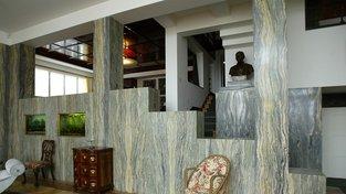 Pohled do interiéru slavné Müllerovy vily architekta Adolfa Loose. Příklad toho, jak z veřejných peněz zachránit vzácnou stavbu