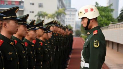 Čínská armáda těží z výzkumu na evropských univerzitách. Hodí se k vývoji torpéd nebo dronů