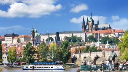 Stále bohatší Praha. V hlavním městě vzniká čtvrtina českého HDP, nejvíce zaostává Karlovarský kraj