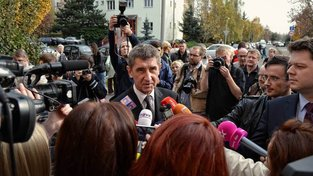 """Novinářské organizace poslancům vzkazují, že jejich rozhodnutí """"bude mít přímý dopad na zachování nezávislosti veřejnoprávní televize v České republice, která je již pod tlakem"""""""