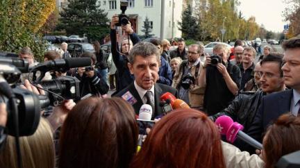 Vaše volba ovlivní svobodu projevu v Česku, píší zahraniční novináři poslancům