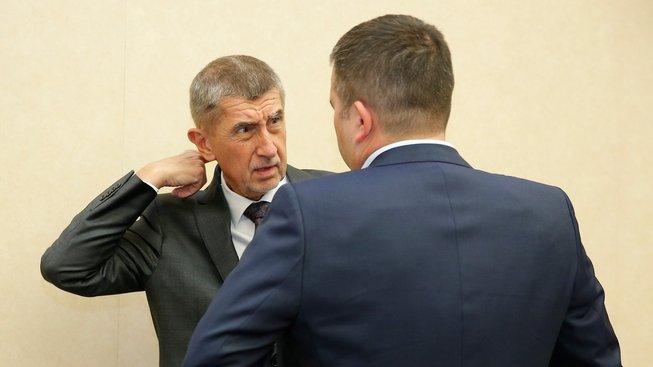 Premiér Andrej Babiš a ministr vnitra Jan Hamáček
