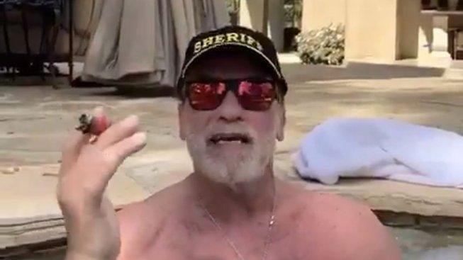 Arnoldův vzkaz z vířivky mnoho lidí nepotěšil