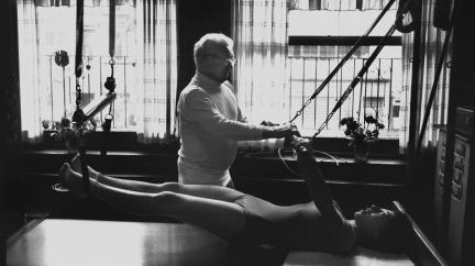 Světoznámá cvičební metoda, která vznikla ve vězení