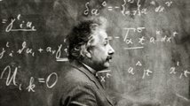 Génius v zrcadle času