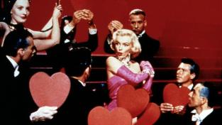 Diamanty jsou nelepší přítel ženy, hlásala herečka Marilyn Monroe. Byla součástí dokonalé kampaně?