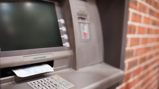 Bankomaty začínaly jako vkladové bankovní stroje