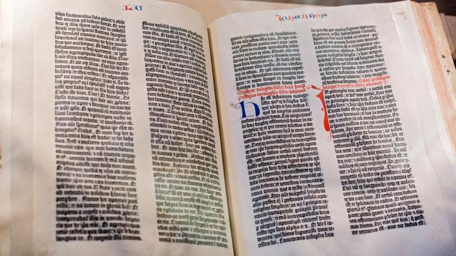 Slavná Gutenbergova bible