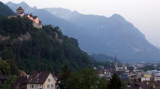 Lichtenštejnsko - země, kterou projedete autem za půl hodinky