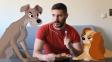 Milovník Disneyovek fotí vtipné scénky se svými hrdiny