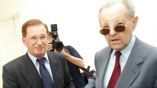 """""""Střelba na hranicích? Nevím, já jsem řešil bojlery..."""". Miloš Jakeš a Lubomír Štrougal"""