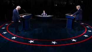 Joe Biden a Donald Trump v prvních televizní debatě prezidentských kandidátů