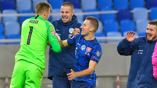 Slovenští fotbalisté porazili v semifinále play off ME 2020 Irsko 4:2 po penaltovém rozstřelu