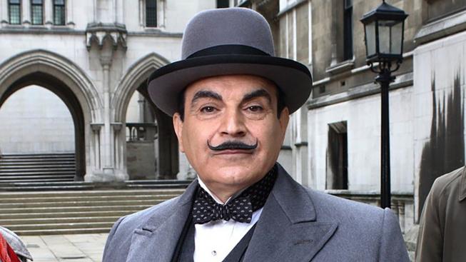 David Suchet ve své nejslavnější roli Hercula Poirota
