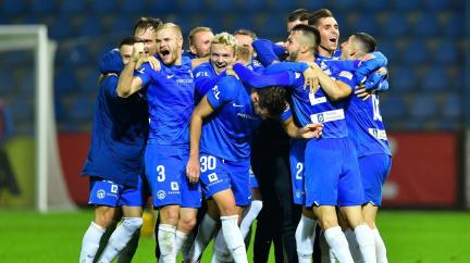 Sparta a Liberec mají výjimku, mohou hrát doma Evropskou ligu