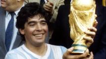 Zemřel fotbalový génius Diego Maradona