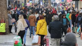 Od nákupů na Černý pátek neodradila leckde zákazníky ani koronakrize