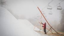 Zalyžovat si budeme moci za dva týdny, otevřou se skiareály
